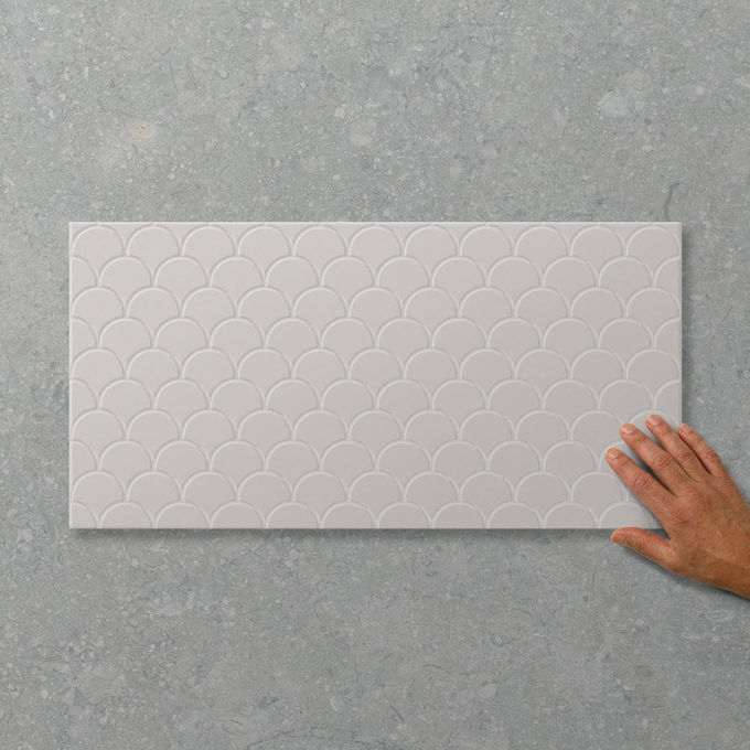 Picture of Adorn Fan Cloud (Satin) 600x300 (Rectified)